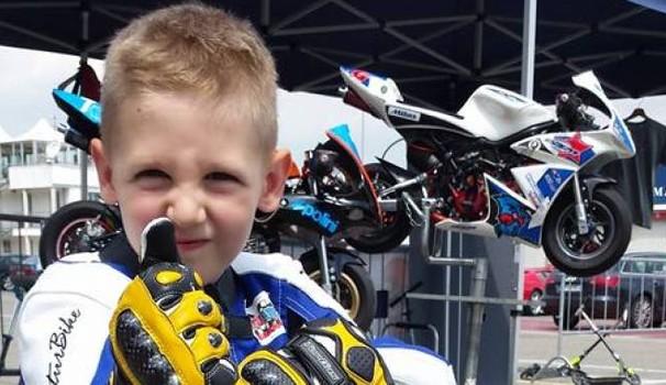 Tragedia nel mondo delle minimoto, una famiglia distrutta