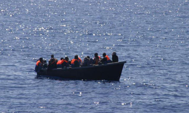 Migranti: viaggi organizzati in gommone dalla Tunisia, quindici arresti (3)