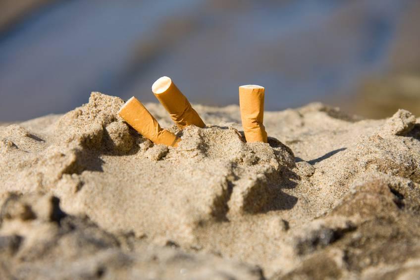 sigarette in spiaggia