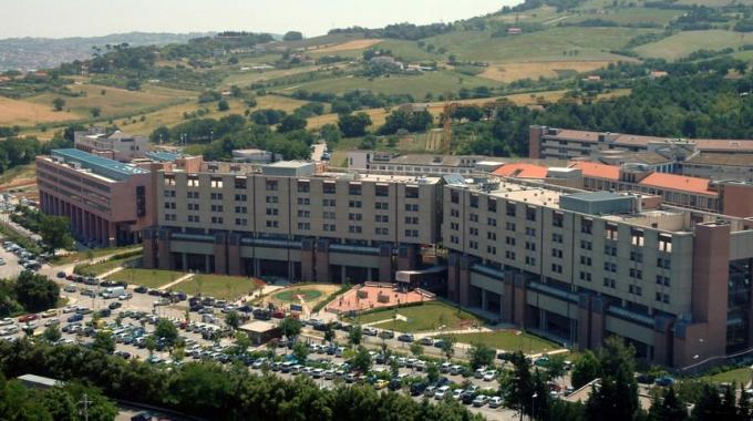 ospedale torrette di ancona