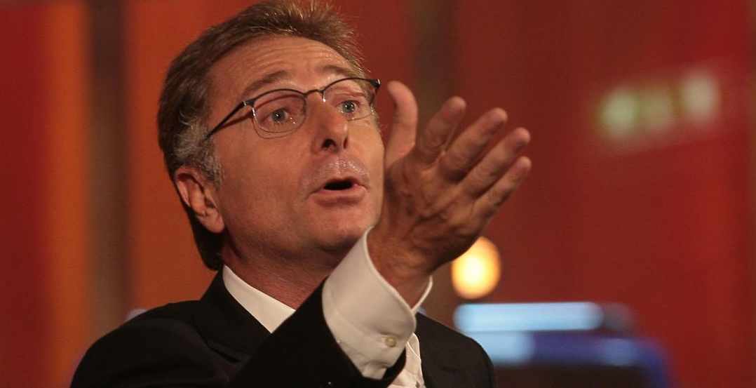 Paolo Bonolis, che botta: il conduttore rischia grosso