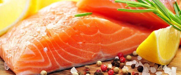 Salmone marinato con insalata tiepida