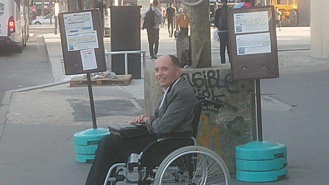 disabile parigi