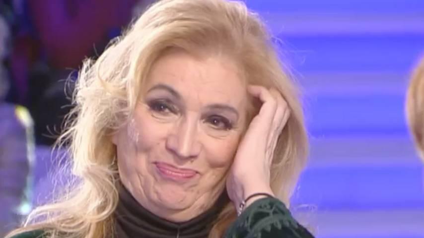 """Iva Zanicchi disperata, il video appello: """"Sono stata derubata"""""""