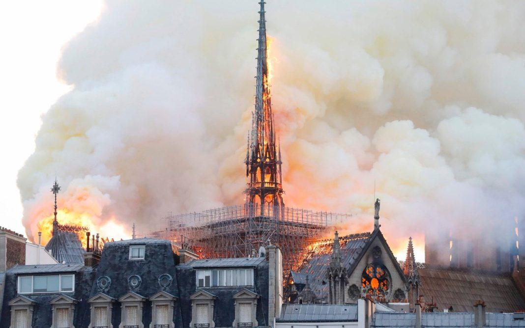 Incendio alla cattedrale di Notre-Dame