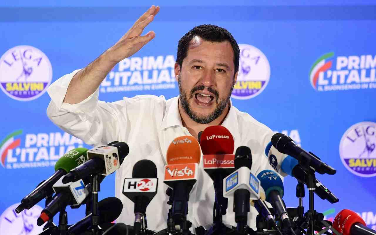 """Salvini denuncia: """"Magistrati contro di me, come verrò giudicato?"""""""