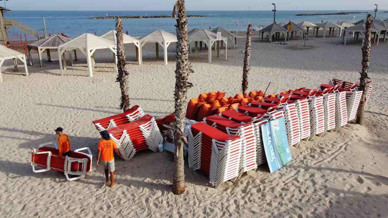 Roma riapre le spiagge libere e gli stabilimenti balneari