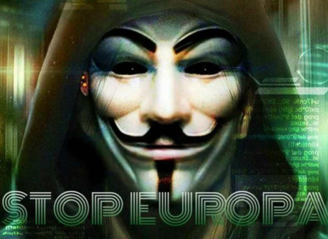 """Robert Tan hackera StopEuropa e risponde all'avvocato: """"Liberazione, non hackeraggio"""""""