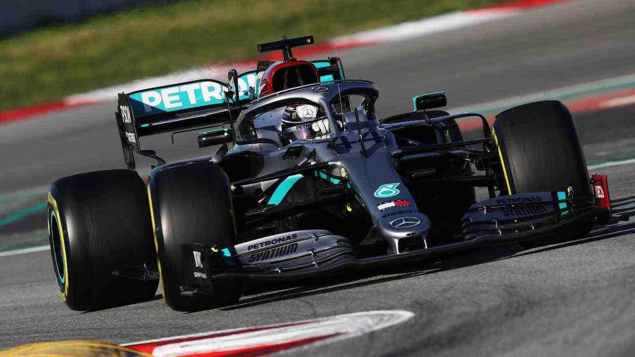 F1, Williams in vendita e comprano la Mercedes: Vettel con Hamilton