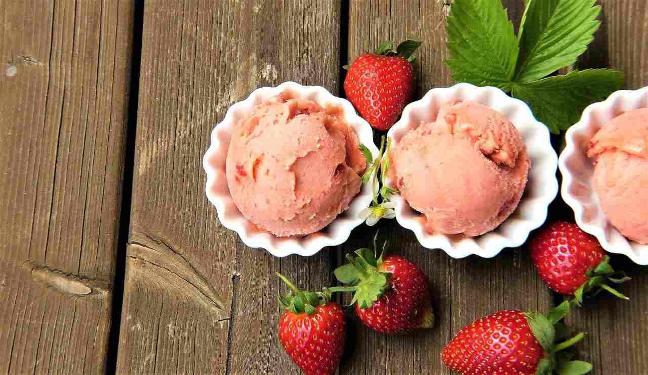 gelato fragola ricetta