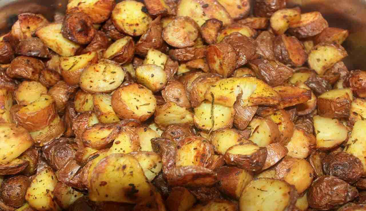 Patate al forno croccanti ricetta