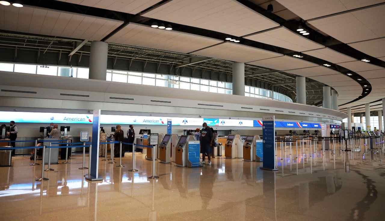 Coronavirus: arrivano le nuove direttive per i viaggi in aereo