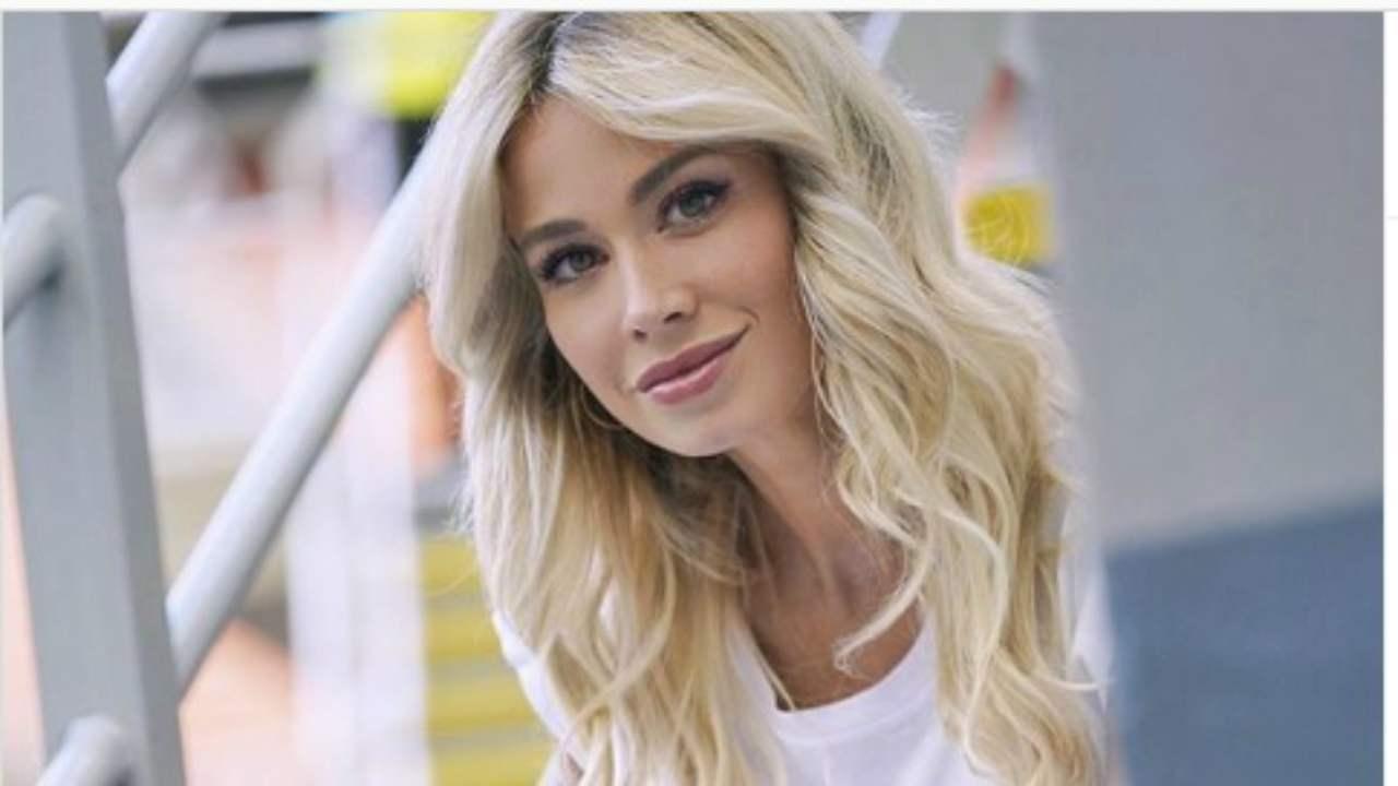 Diletta Leotta in versione scolaretta su Instagram