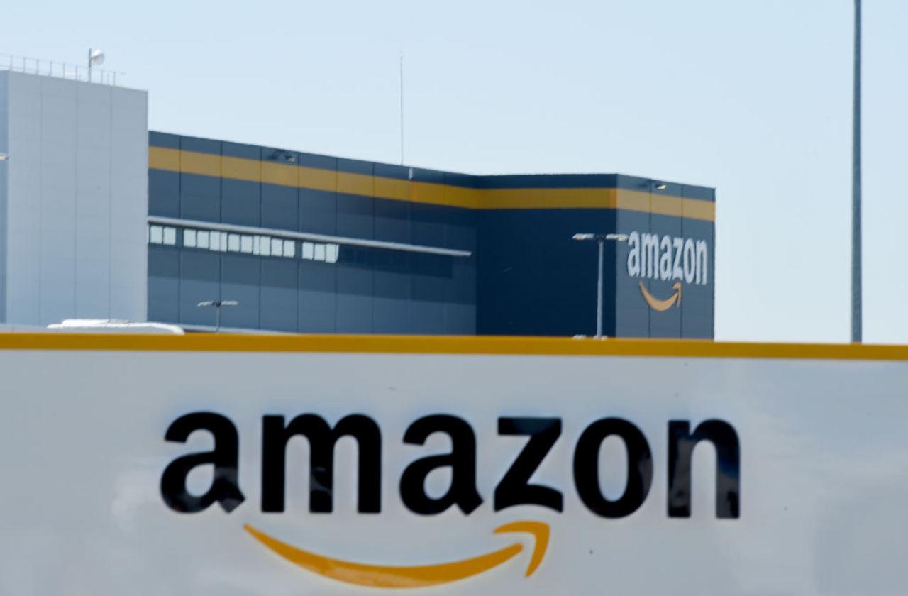 Amazon annuncia: via al pagamento a rate con finanziamento