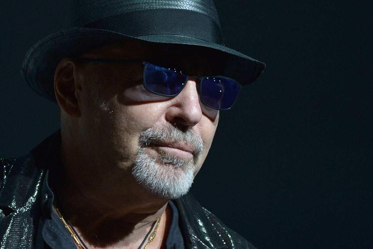 Scoperta truffa sui biglietti del concerto di Vasco Rossi: sei indagati