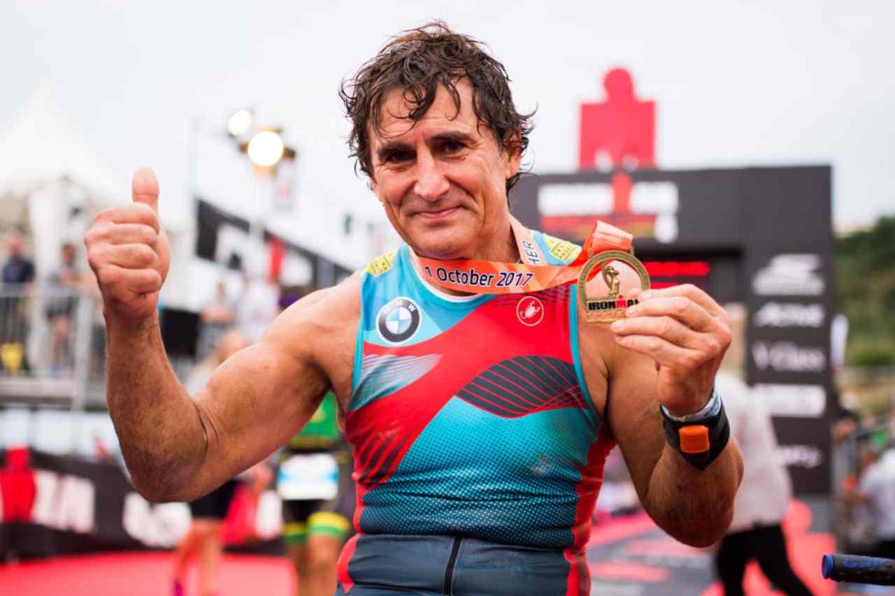 Alex Zanardi, il nuovo bollettino: le condizioni del Campione
