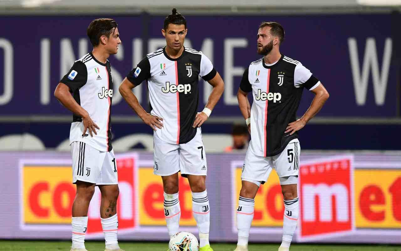 Calciomercato Juventus, bis di rinnovi: doppia firma fino al 2021