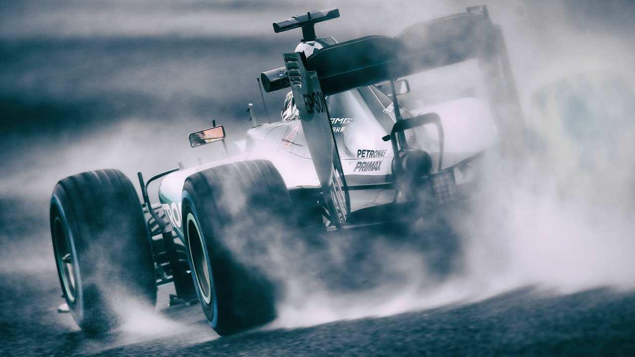 F1, la Mercedes cambia colore: il motivo della svolta