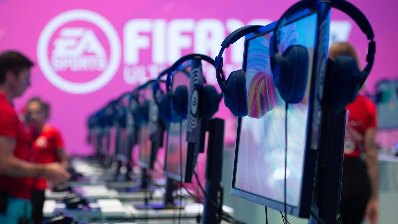 La Premier League a porte chiuse ma con gli effetti sonori di FIFA