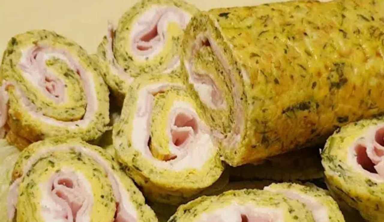 Rotolo di frittata alle zucchine con ripieno: la ricetta