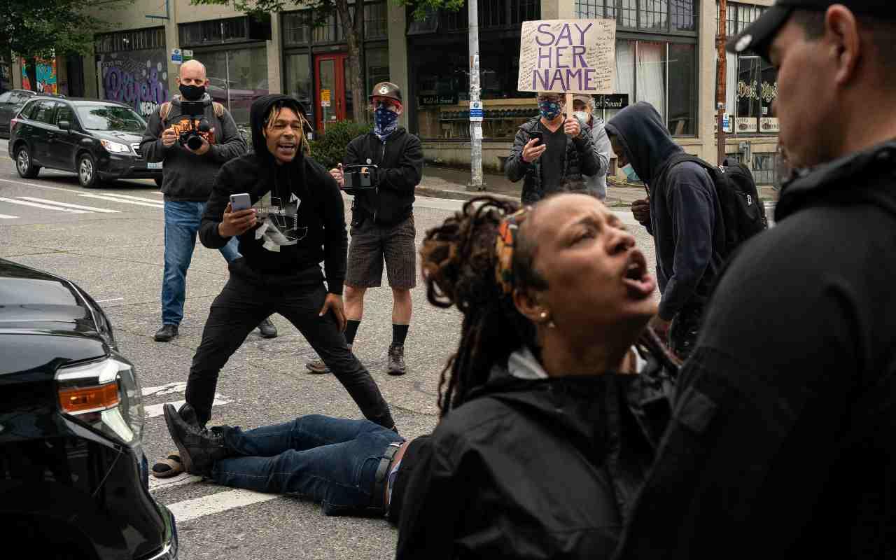 Seattle, ancora una sparatoria: muore un ragazzo, un altro è grave