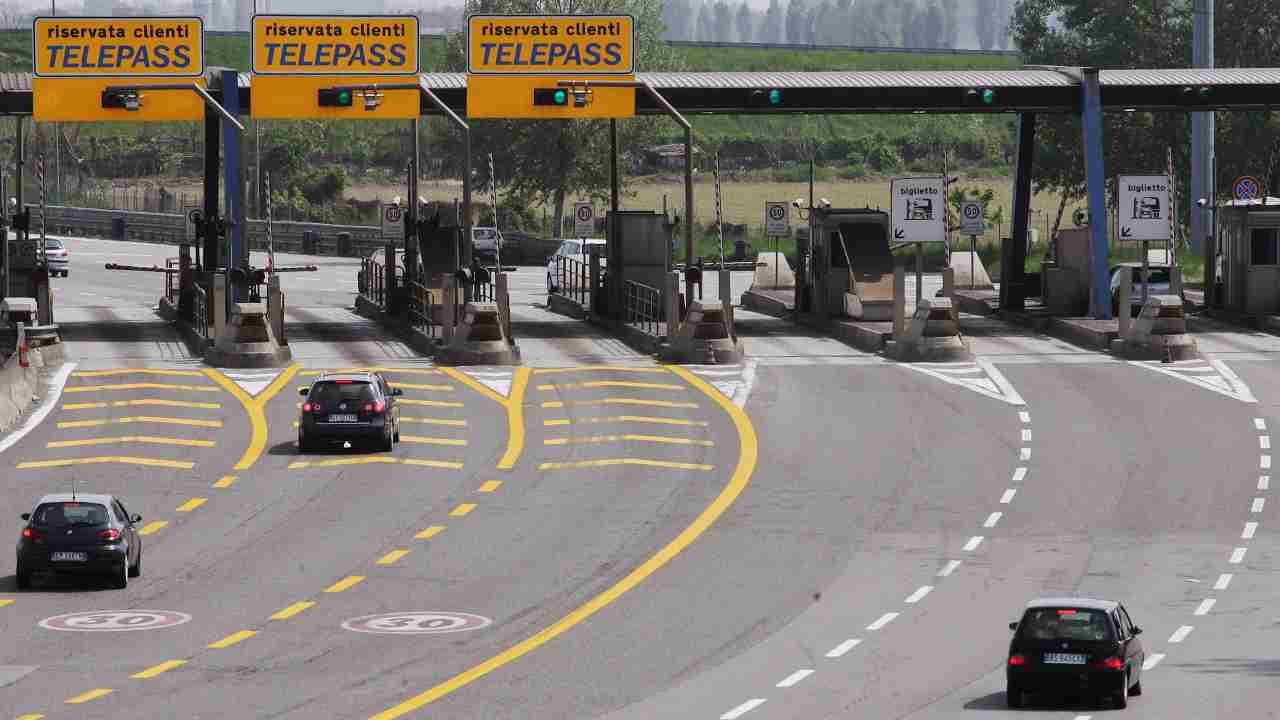 Autostrade per l'Italia cambia assetto |  cosa cambia per i clienti