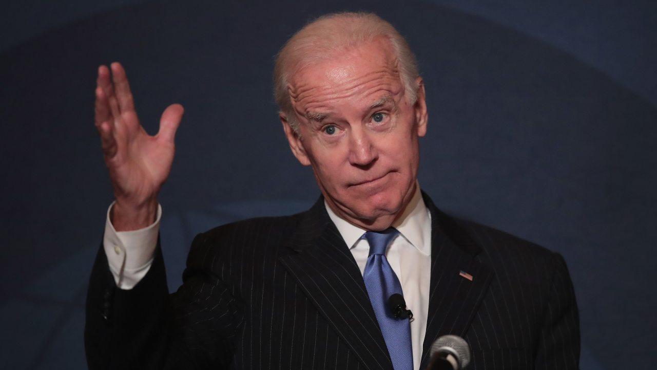 """Elezioni Usa, Joe Biden annuncia la """"ritirata"""" dai comizi elettorali"""