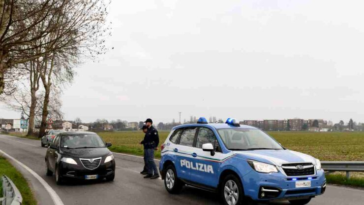 Incidente stradale in Veneto, muore sul colpo un 38enne. L'amica che era con lui sulla moto è grave ma non rischia la vita. I dettagli