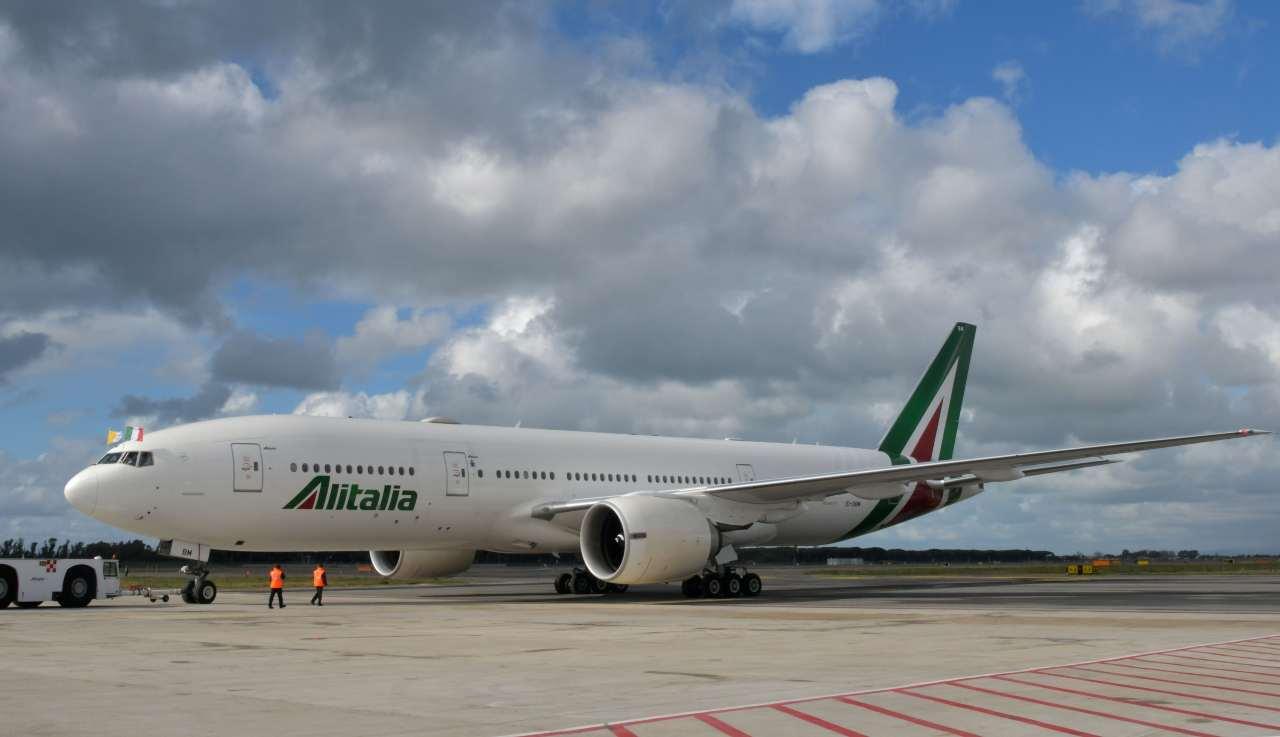 Alitalia    a chi spettano i rimborsi e come ottenerli