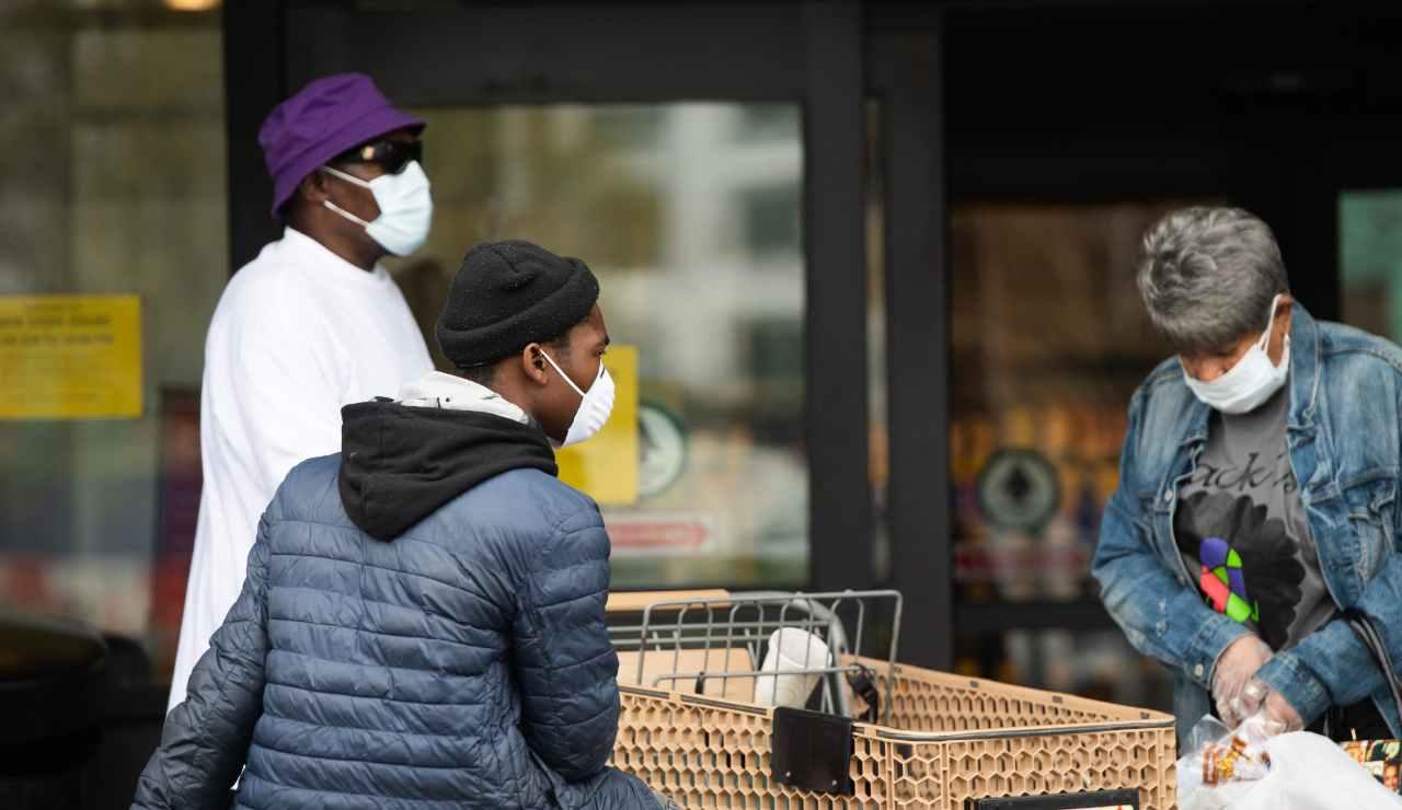 Mask Challenge, la nuova sfida dell'OMS contro il Coronavirus