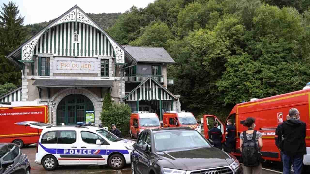 Paura a Lourdes, fulmine colpisce la funicolare: 12 feriti