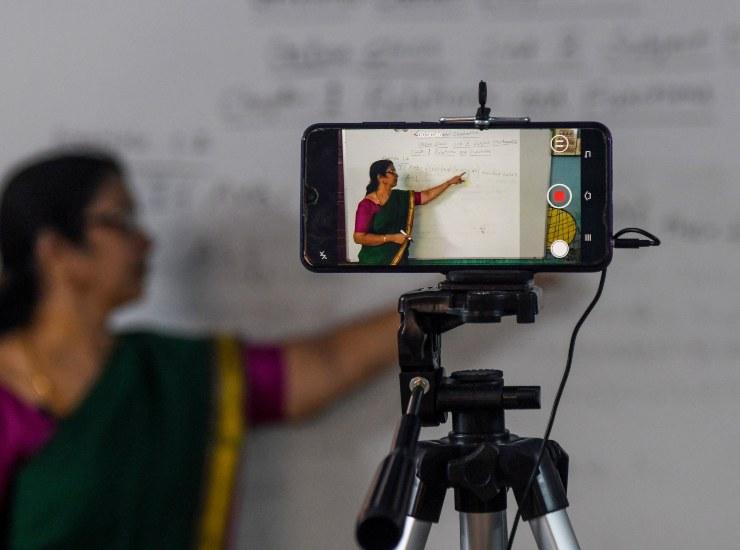 Lezione a distanza in India