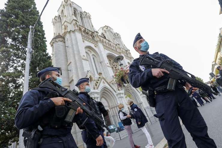 Militari a Nizza