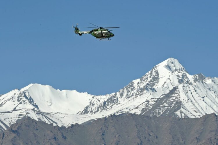 elicottero montagna incidente