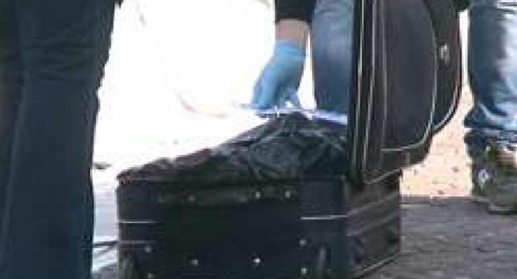 Cadavere trovato in valigia