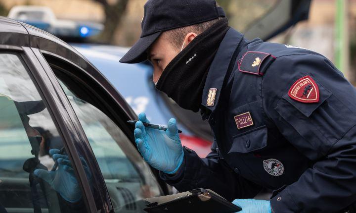 Controlli di polizia, covid