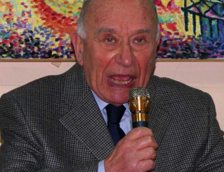 Dino Molho