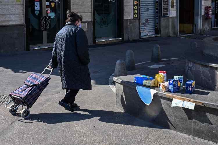 Covid, senza pranzo a Natale (getty images)