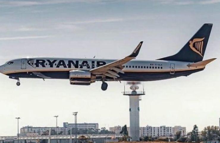 ryanair vaccino messaggio promozionale passeggeri