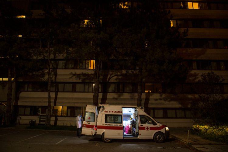 ambulanza apecar crotone anziana santa severina