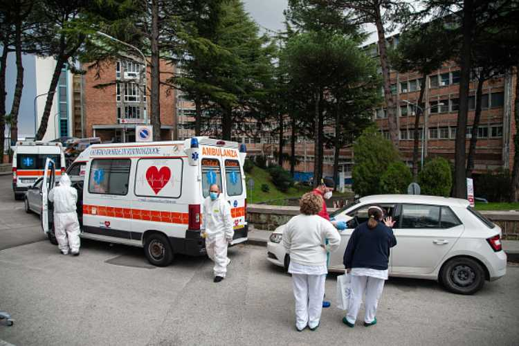 ambulanza suicidio tragedia
