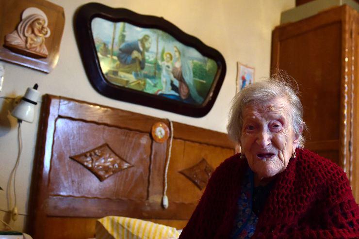 covid centenaria