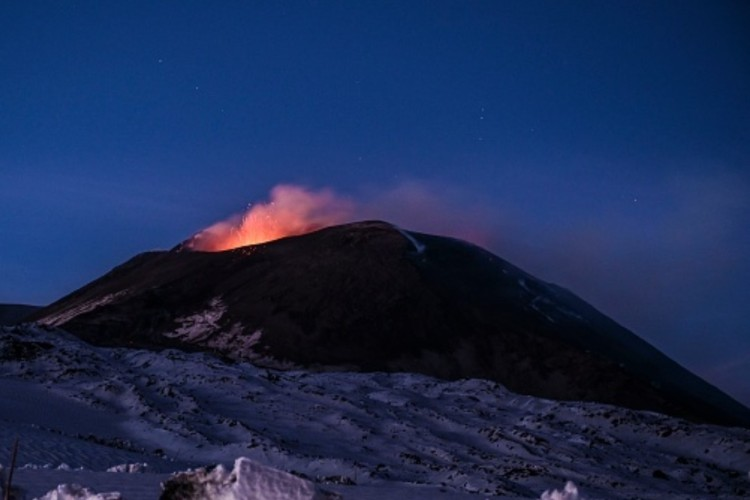 terremoto sicilia - etna eruzione colata lavica