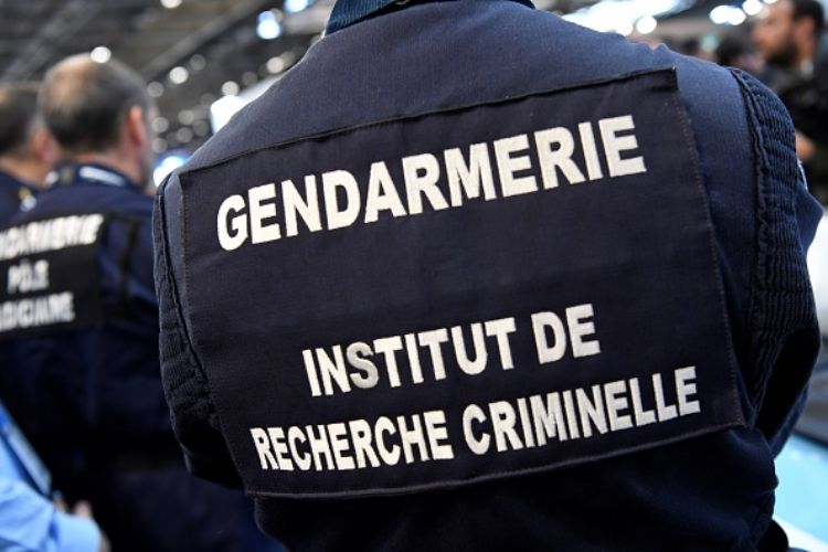 francia gendarmeria sparatoria saint just gendarmi morti