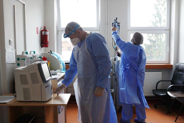 medico negazionista covid sanzione asl ordine medici