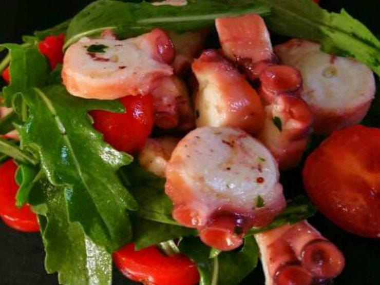 insalata polpo pomodorini rucola