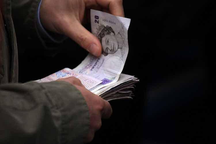 pounds sterline soldi