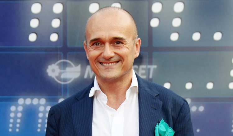 Alfonso Signorini sorridente
