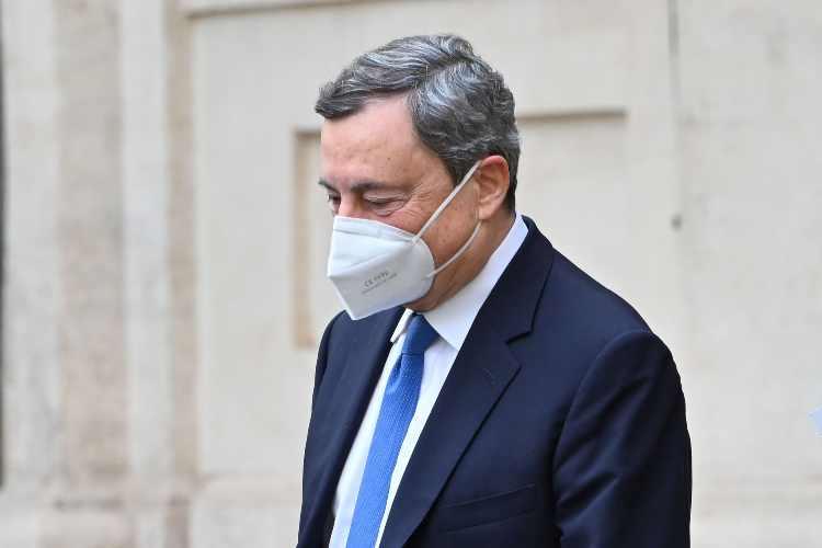 Draghi a testa bassa