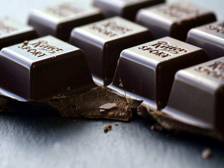 cioccolato fondente per torta